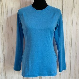 Patagonia blue mid weight base layer top - size S